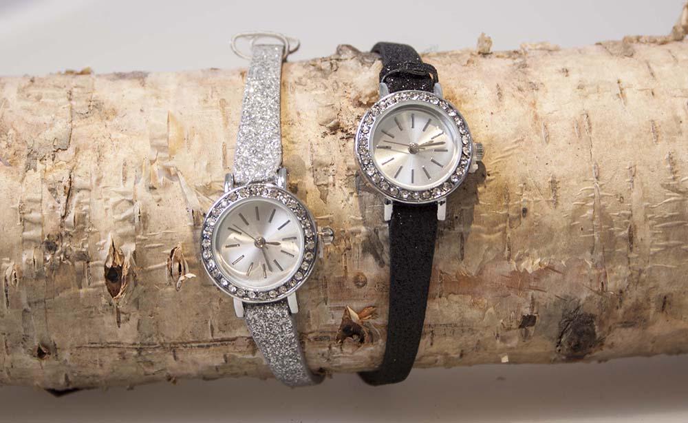 Passero lille ur med diamantkant Sølv