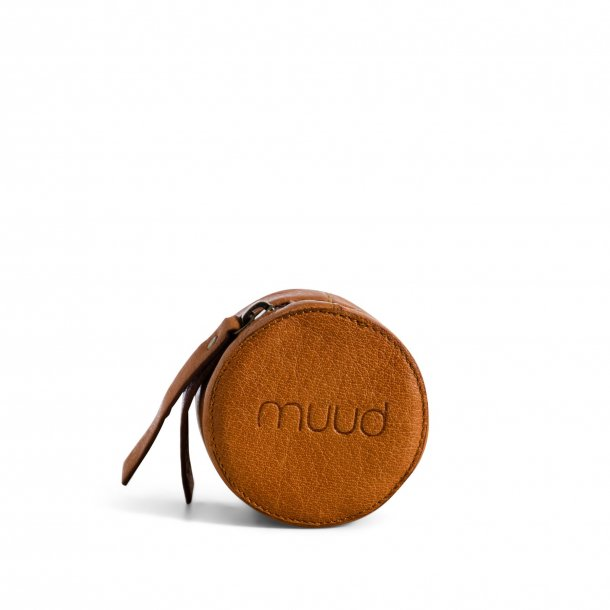 muud Etui til nåle, Helsinki, håndlavet læder, whisky