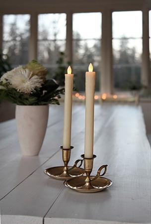Image of   LED krone stearinlys med levende flamme, 2 stk