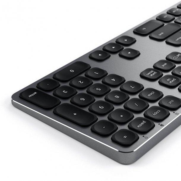 Satechi tangetbord med USB anslutning - Nordisk Layout, Space Grey